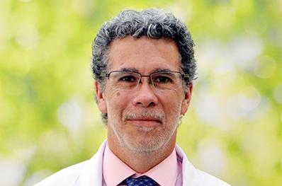 Dr.Jose_Miguel_Clavero_Ribes_398x263_11112029 copia