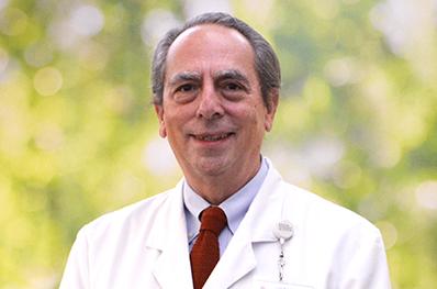 Dr.Luis Fernando Coz _398x263
