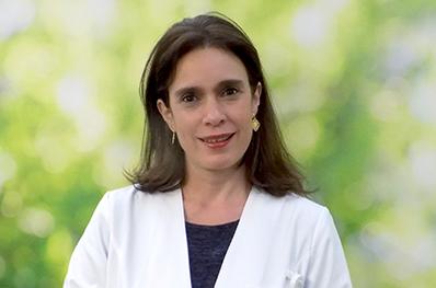 Dra.Marianne_Kolbach_Dermatologia_398x263 2